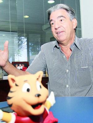 Paulo Diniz, presidente do Conselho Deliberativo do Vila Nova (Foto: Cristina Cabral/O Popular)