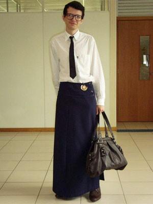 Em 2011, Augusto Paz vestiu uma saia pela primeira vez (Foto: Arquivo pessoal/Augusto Paz)
