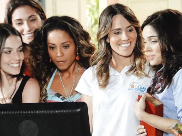 Mulherada da ONG baba por Lino (Foto: Flor do Caribe / TV Globo)