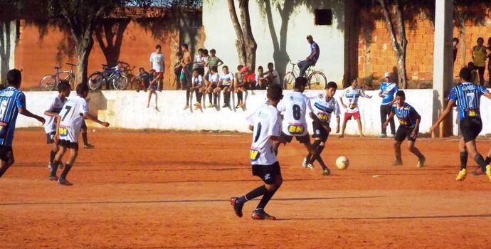 Jogos movimentaram o distrito de Nova Esperança (Foto: Ricardo Guimarães/ Assessoria MCFC)