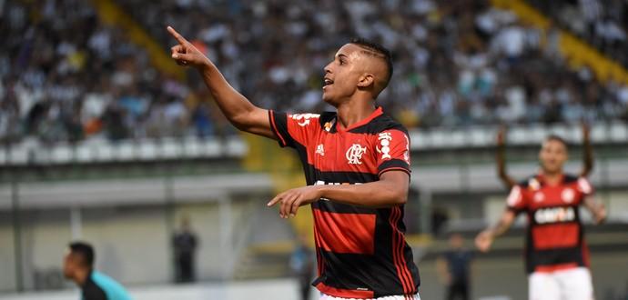 Jorge comemoração Flamengo (Foto: André Durão)