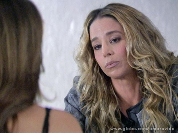 A intuição de Amarilys saca o jogo de Félix (Foto: Amor à Vida/ TV Globo)