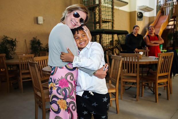Astrid Fontenelle e Gabriel (Foto: Manuela Scarpa / PhotorioNews)