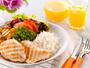 Saiba como se alimentar bem e curtir sem problemas o Forrozão 2013