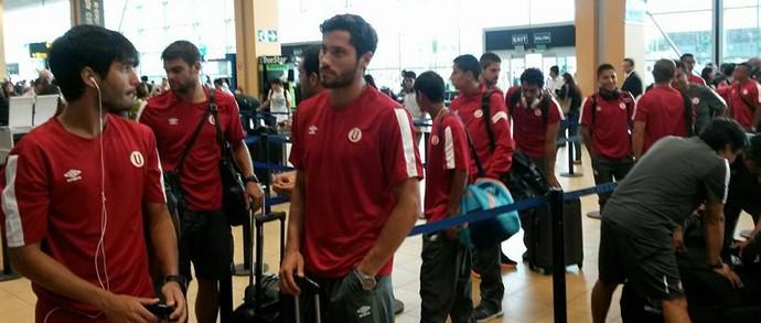 Universitario, adversário do Atlético-PR, embarca (Foto: Site oficial do Universitario/Divulgação)