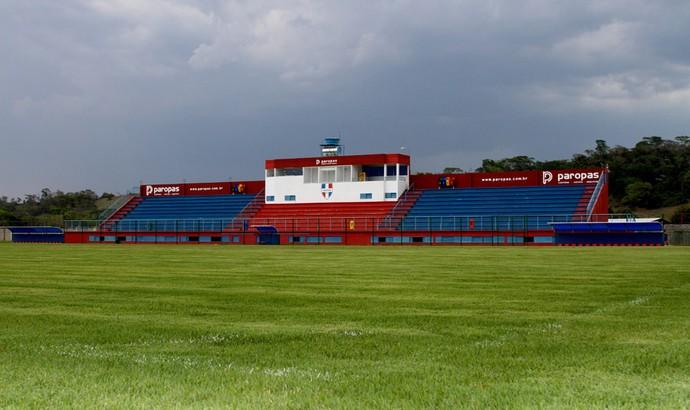 Campo oficial à disposição do Voltaço no Centro de Treinamento Ubaense (Foto: Divulgação)