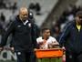 Com lesão no pé direito, Pedrinho desfalca o Timão contra o Botafogo