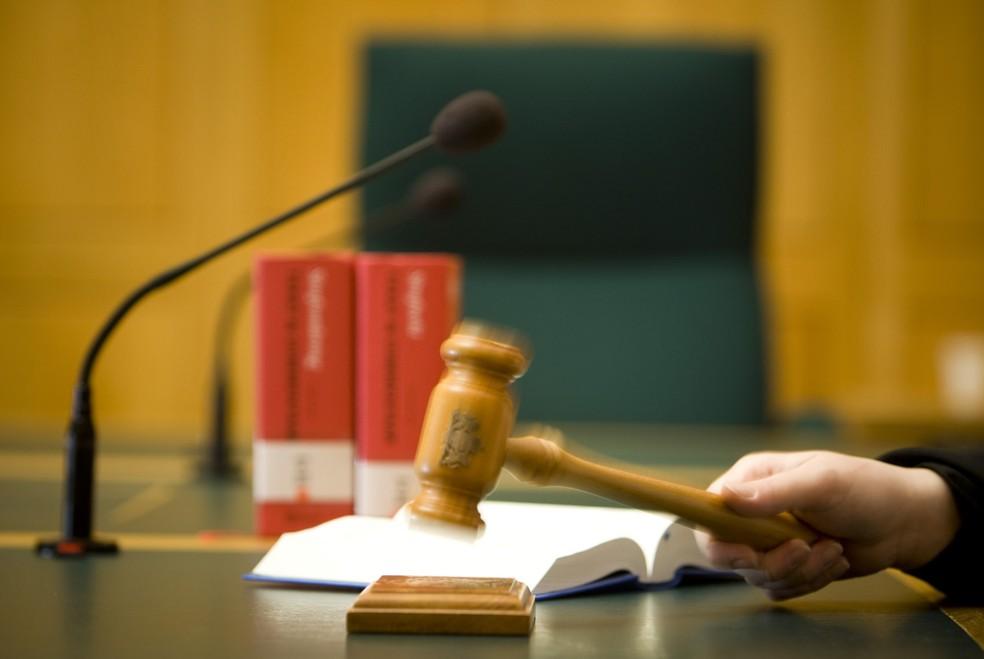 Resultado de imagem para Condutor é condenado a doze anos de prisão por morte no trânsito