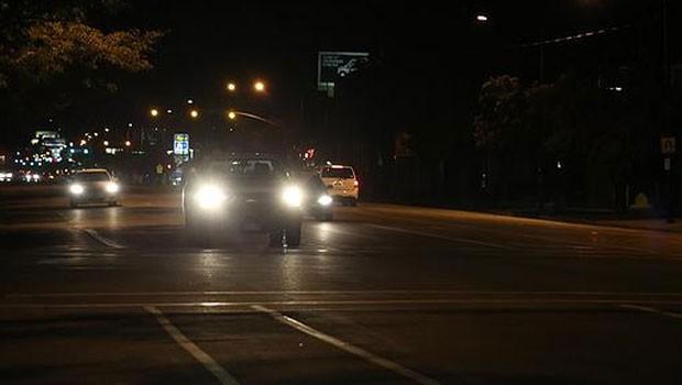 Pesquisa aponta que muitas pessoas pessoas tem medo de dirigir quando escurece (Foto: Pixabay/Domínio público)