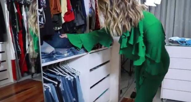 Giovanna Ewbank mostra seu closet (Foto: Reprodução)