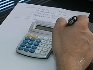 É necessário cautela para começar 2015 sem dívidas