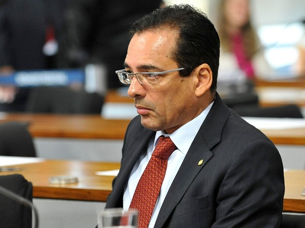 A Justiça Federal expediu na noite de sexta (13) um mandado de prisão contra o ex-delegado da Polícia Federal e ex-deputado federal Protógenes Queiroz (Foto: Antônio Cruz / Arquivo/ Agência Brasil)
