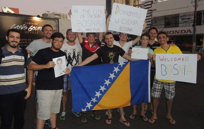 torcedores Bósnia (Foto: Fabio Lima)