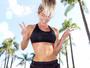 Karina Bacchi exibe cinturinha fininha durante treino: 'Inspirar e se exercitar'