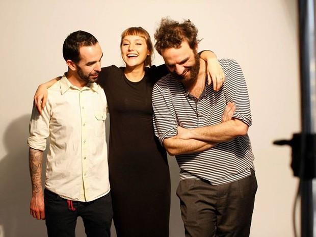 Fred Ferreira, Mallu e Marcelo Camelo anunciam banda (Foto: Divulgação/Facebook do artista)