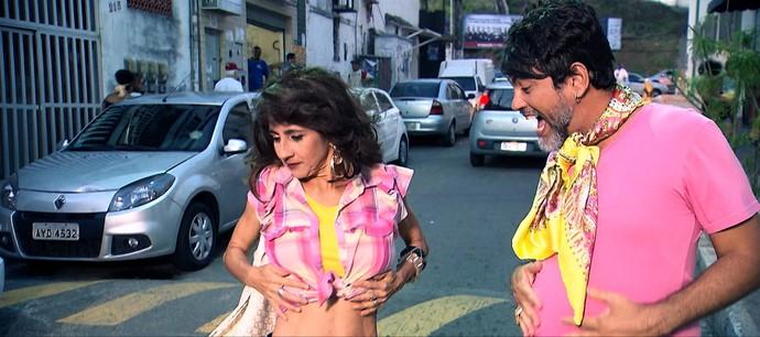 Na dramaturgia, que conta com participação de Maurício Oliveira, personagem de Maria 'se acha' (Foto: TV Bahia)