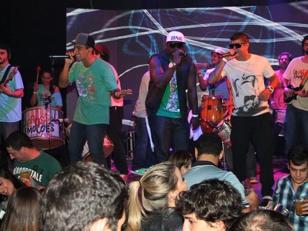 Show do grupo Carrossel de Emoções em São Paulo (Foto: Thiago Duran/ Ag. News)