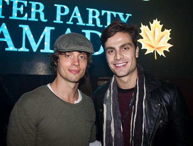 Brock Kelly e Paulo Dalagnoli  (Foto: Eduardo Garcia/ Ed. Globo)