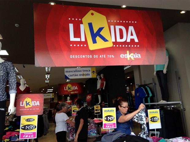 Lojas do Centro de Campinas apostam em liquidações para aumentar vendas (Foto: Clara Rios/G1)