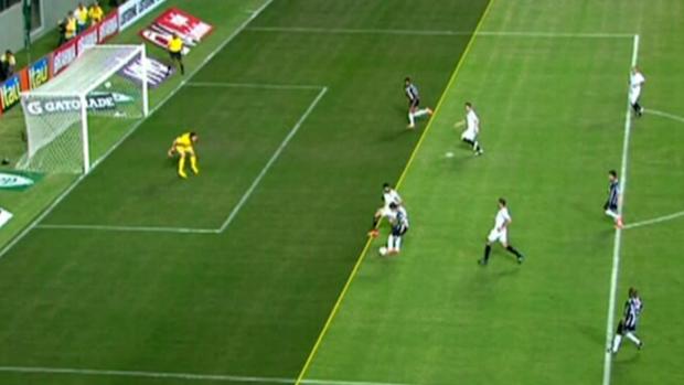 André Impedimento Atlético-MG Corinthians (Foto: Reprodução SporTV)
