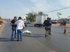 Ciclista morre após bater na lateral de caminhão em rodovia de Mato Grosso