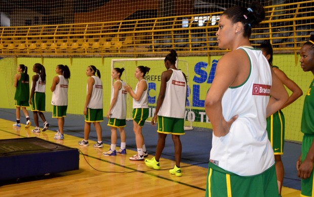 Fernanda, pivô da seleção brasileira de basquete feminina (Foto: Nikolas Capp)