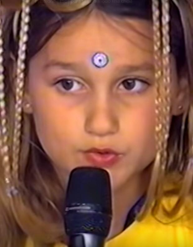 Sasha canta aos 6 anos na TV (Foto: Reprodução/TV Globo)