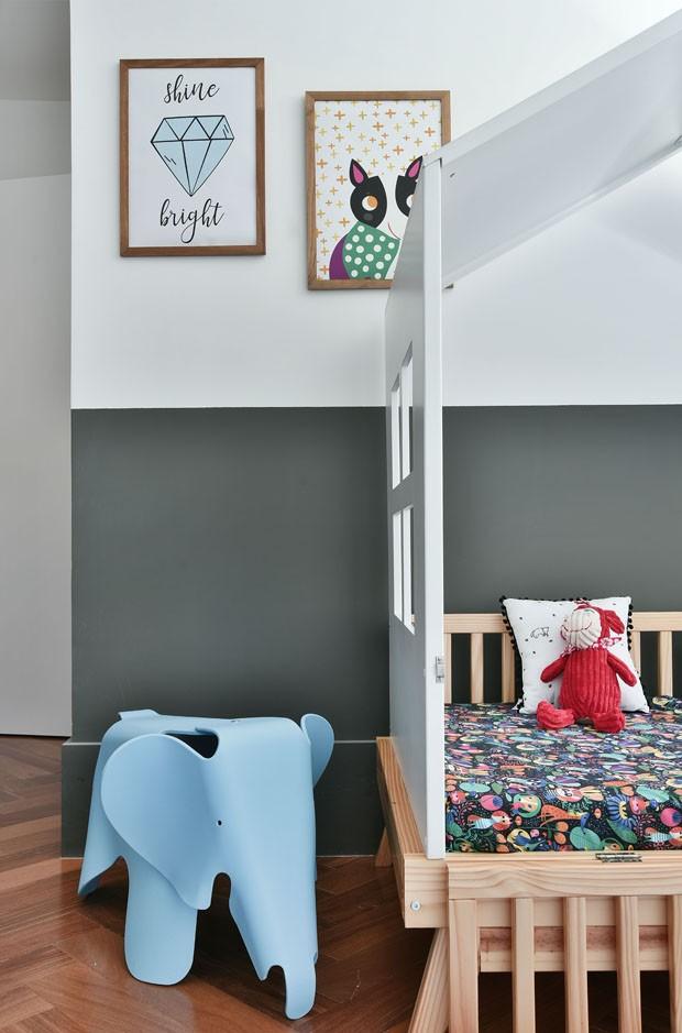 Décor do dia: quarto infantil com paleta neutra e objetos coloridos (Foto: Divulgação)