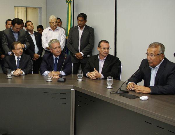 Jackson Barreto empossa novos secretários  (Foto: Victor Ribeiro/ASN)