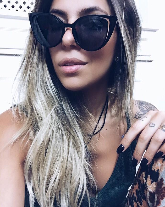 """Karina Milanesi dá a dica dos óculos no estilo gatinho: """"Quanto maior, melhor"""" (Foto: Arquivo Pessoal)"""