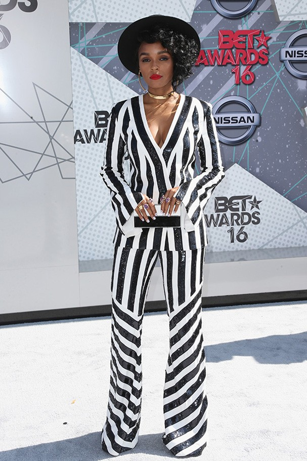 LOS ANGELES, CA - JUNE 26:  Singer Janelle Monae attends the 2016 BET Awards at the Microsoft Theater on June 26, 2016 in Los Angeles, California.  (Photo by Frederick M. Brown/Getty Images) (Foto: Getty Images)