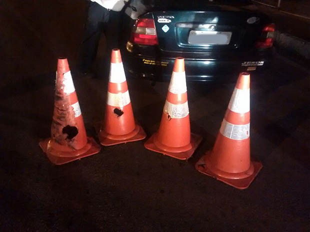 Homem disse aos policiais que não viu os cones no caminho (Foto: Divulgação/Polícia Militar do RN)
