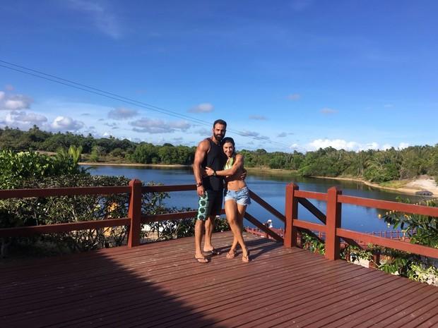 Jaque Khury curte pré-carnaval com novo namorado na Costa do Sauípe (Foto: Reprodução / Instagram)