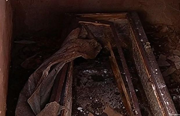 Túmulo é revirado e ladrão leva a ossada de um indigente, em Rio Verde, Goiás (Foto: Reprodução / TV Anhanguera)