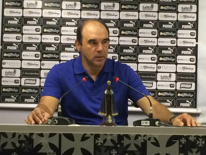 Ricardo Gomes não gostou do público em São Januário nesta última rodada da primeira fase (Foto: Chandy Teixeira)
