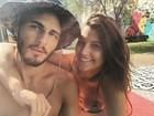 Giulia Costa e Brenno Leone curtem dia de sol juntinhos