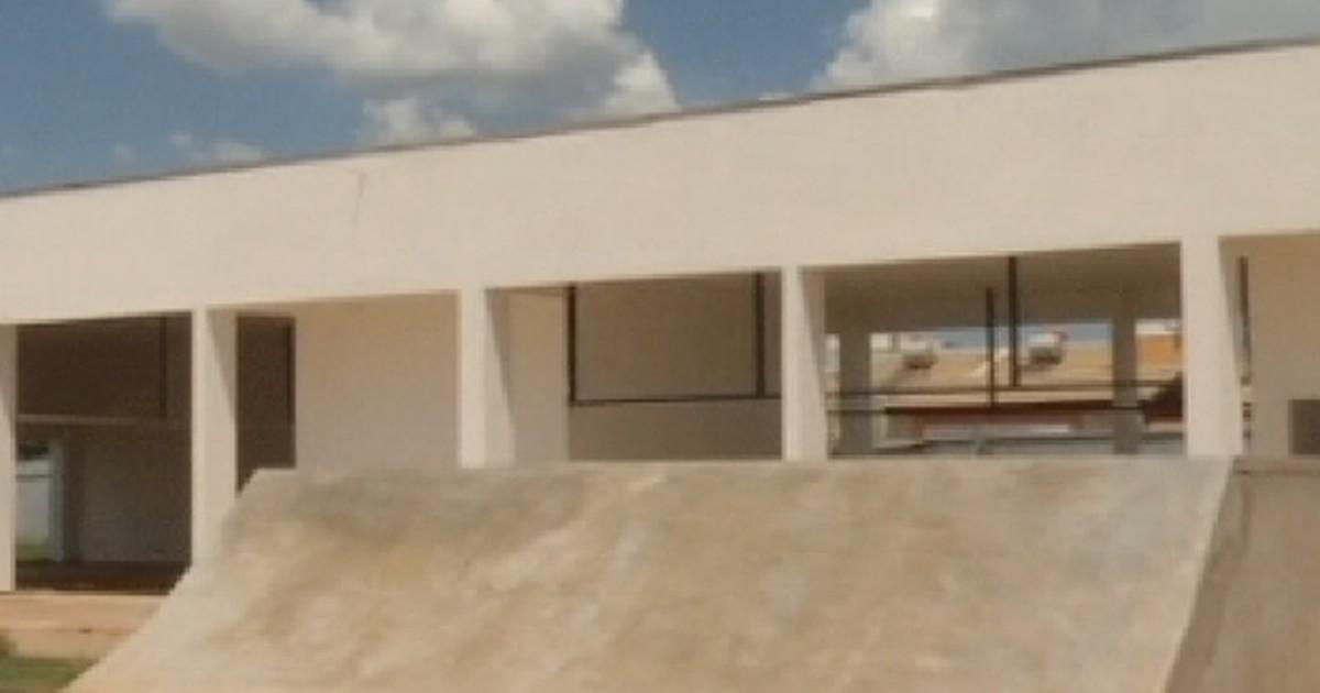 Erro em projeto atrasa construção de centro de serviços em Araçatuba - Globo.com