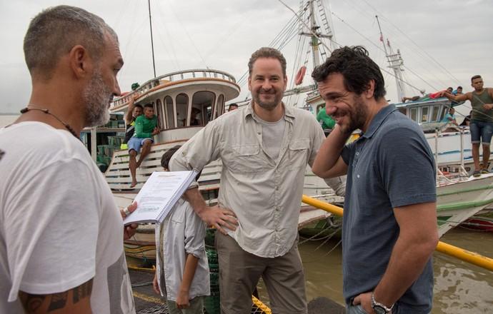 Rodrigo Lombardi e Dan Stulbach gravam em Belém com o diretor artístico Rogério Gomes  (Foto: Estevam Avellar/Globo)