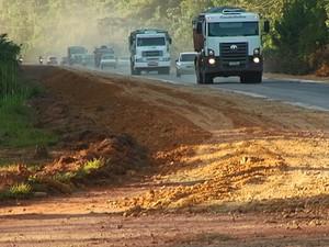 Trecho BR-163 é revitalizado (Foto: Reprodução/ TV Tapajós)