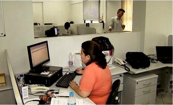 Quadro mostra a dificuldade das empresas em achar profissionais especializados (Foto: Reprodução EPTV)