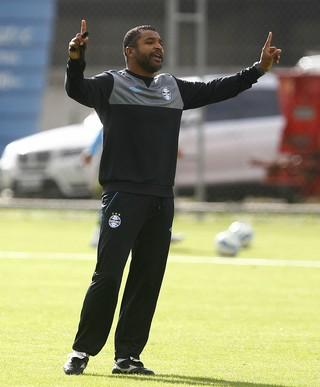 roger machado grêmio técnico treino (Foto: Lucas Uebel/Grêmio FBPA)