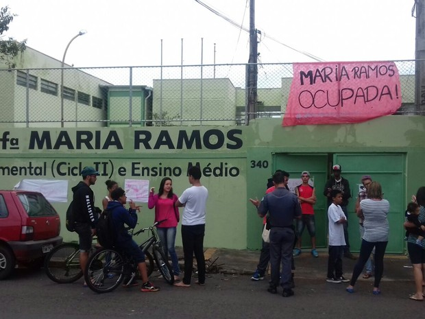 Escola Estadual Professora Maria Ramos foi ocupada nesta quarta-feira (25) (Foto: Viviane Paolovick/Arquivo pessoal)