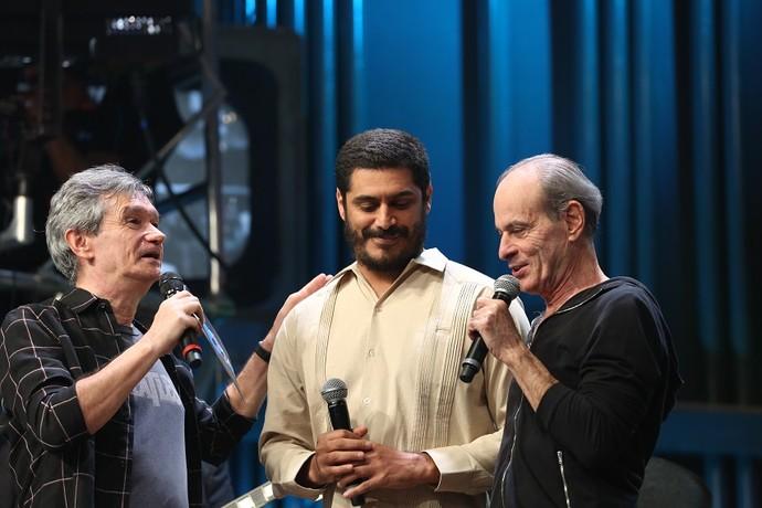Serginho ficou emocionado com o encontro entre Criolo e Ney (Foto: Carol Caminha/Gshow)