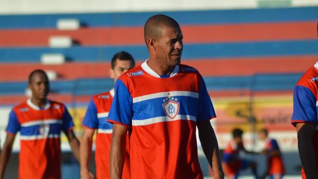Váldson pode ser campeão sergipano pela quarta vez em quatro anos (Foto: Felipe Martins/GLOBOESPORTE.COM)