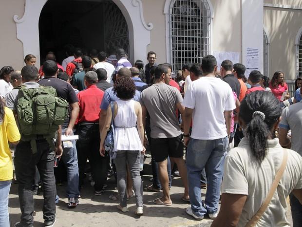 Mais de 76 mil pessoas participaram do concurso para a SSP (Foto: Biné Morais/O Estado)
