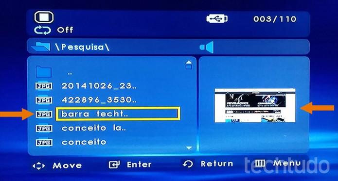 Acesse os arquivos salvos no pendrive com fotos, vídeos e músicas para executar na TV (Foto: Barbara Mannara/TechTudo)