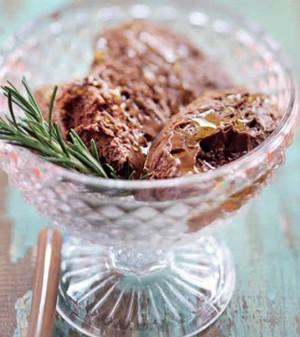 Spumone Di Cioccolatto Al Rosmarino (Foto:  )