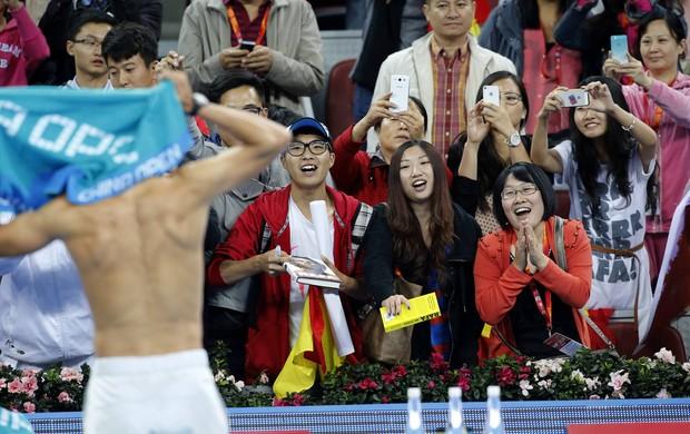 tênis pequim rafael nadal sem camisa (Foto: Reuters)