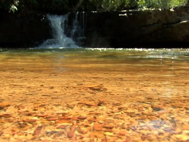 Cachoeiras estão entre os principais atrativos da região Araguaia (Foto: Reprodução/ TVCA)