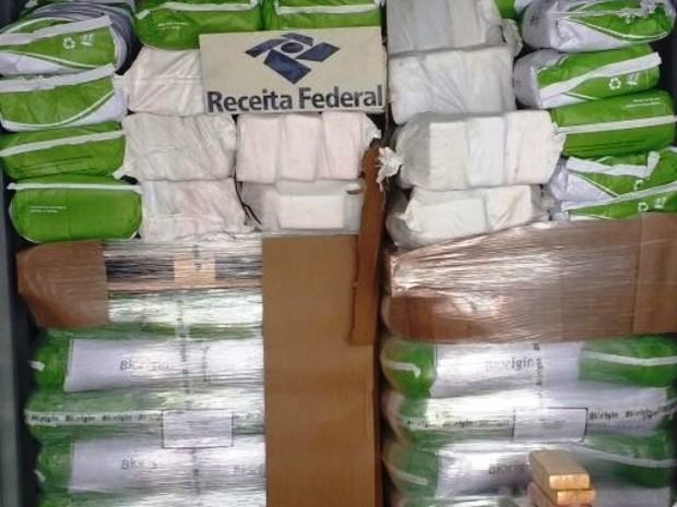 Droga foi encontrada em carga com destino à Bélgica (Foto: Divulgação/Alfândega do Porto de Santos)
